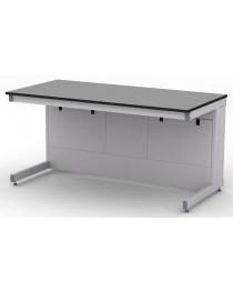 Стол лабораторный.Материал рабочей поверхности стола: химически стойкий пластик ЛАБГРЕЙД без бортика (пр-во Италия). Габариты (ДхГхВ), мм:  1500х750х750 (для работы сидя).