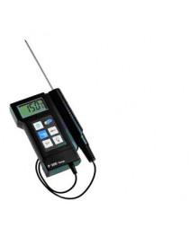 Портативный термометр Р300 с проникающим датчиком на 1-м кабелем.
